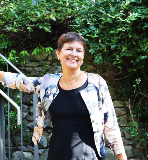 Anne DuPasquier